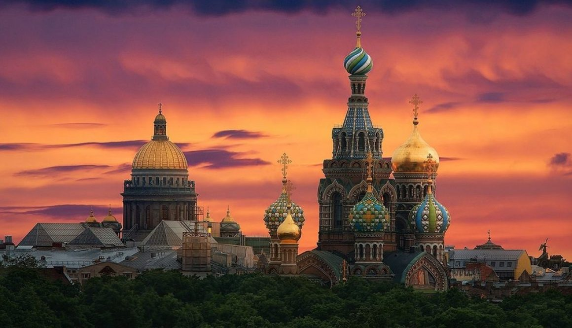 Sunset-at-St.-Petersburg-Cathedral